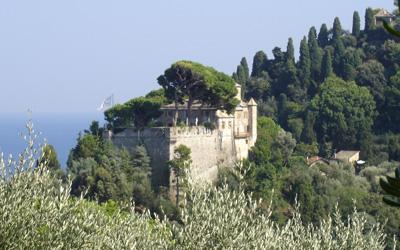 Castello Brown Portofino seen from the promontory